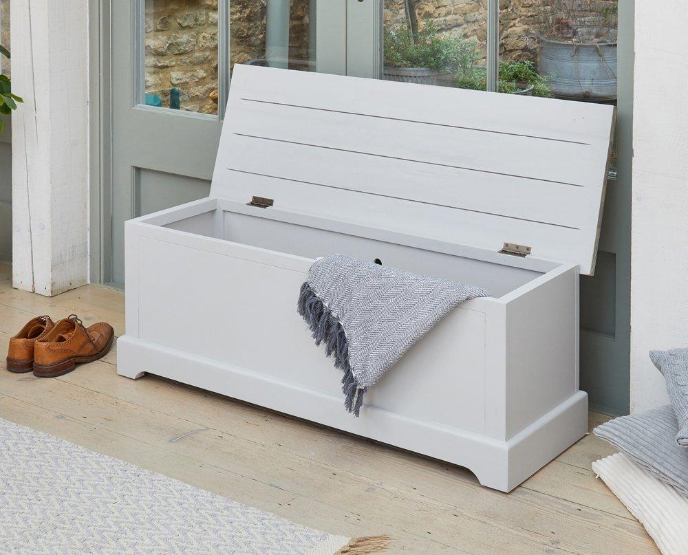 baumhaus signature grey hallway storage bench casamo love your home. Black Bedroom Furniture Sets. Home Design Ideas